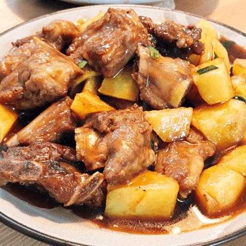 懒人版-排骨炖土豆
