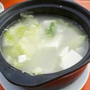 圆白菜砂锅豆腐