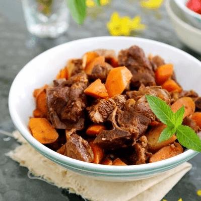 为自己做一道胡萝卜炖羊肉