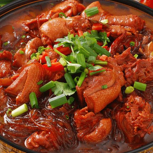 五花肉炖粉条酸菜血肠