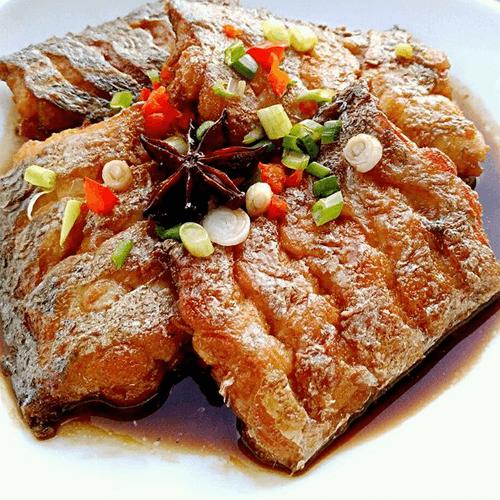 家常菜红烧带鱼