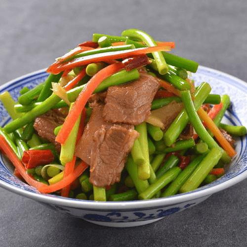 家常菜蒜苗炒肉