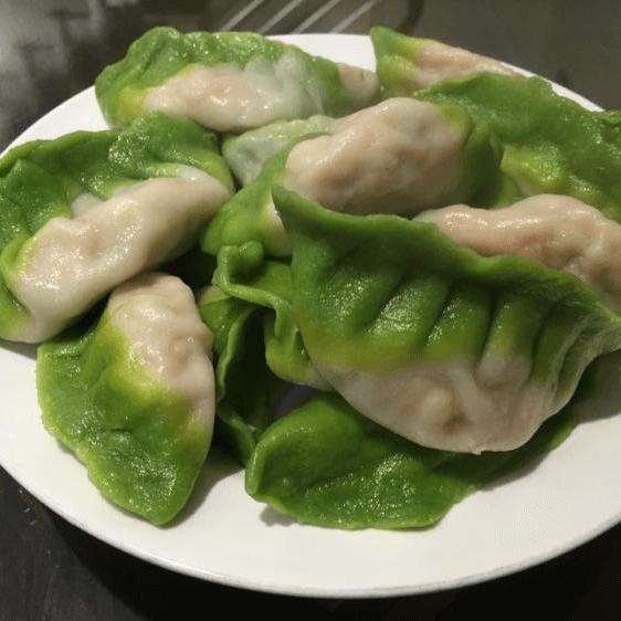 妈妈做翡翠饺