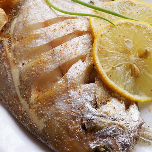 煎排骨做好吃又简单,鲳鱼图解分享,小肥羊骨头煮熟做法发蓝图片