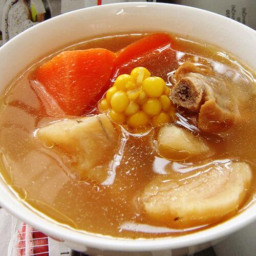 胡萝卜玉米粉葛汤