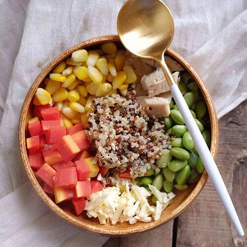三色水果沙拉饭