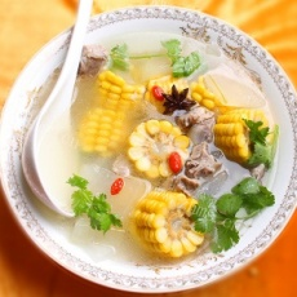 美味的排骨冬瓜汤