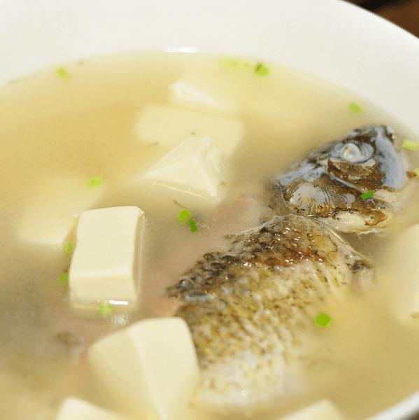 家常鲫鱼豆腐汤