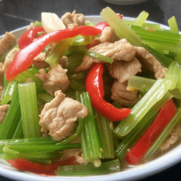 好吃的芹菜炒肉