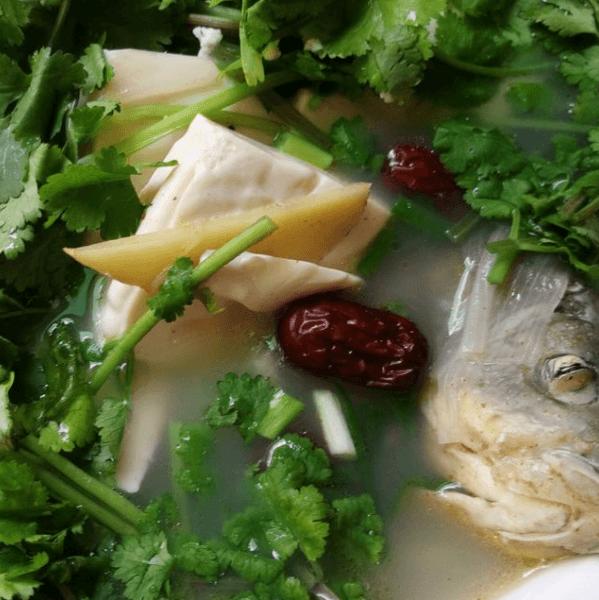 家庭版鲫鱼豆腐汤