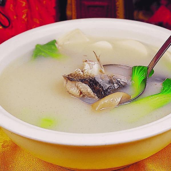 最爱的鲫鱼豆腐汤
