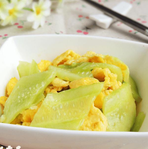 美味的黄瓜炒鸡蛋