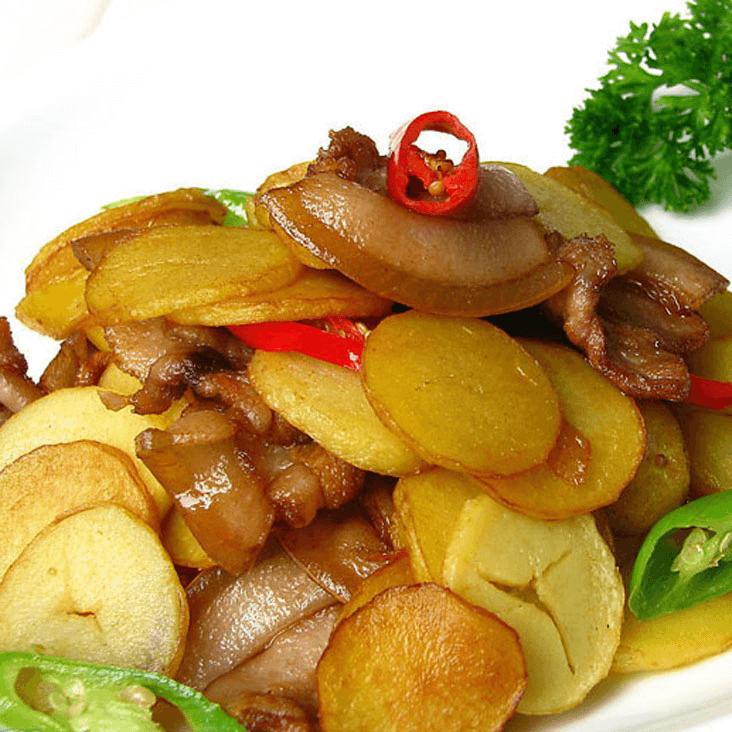 妈妈做的红烧土豆片