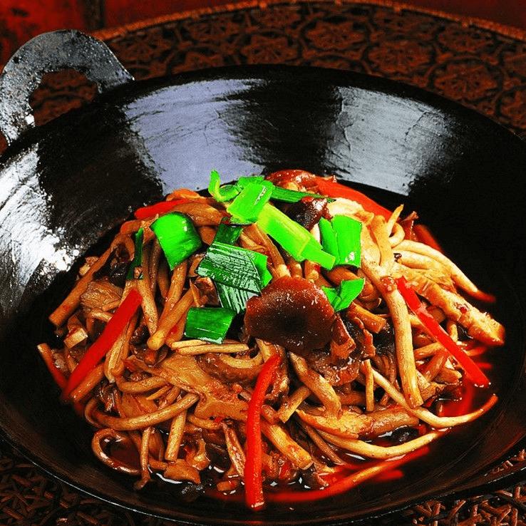 简单的蘑菇炒肉