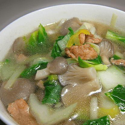 清淡的蘑菇汤