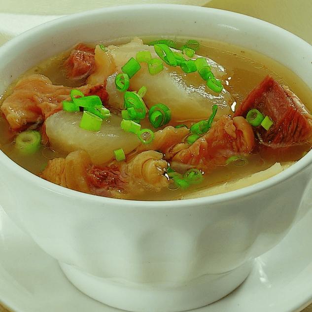 好吃的排骨萝卜汤