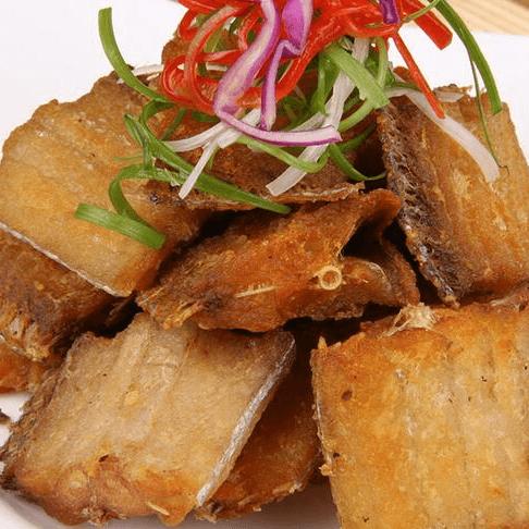 特色菜干炸带鱼