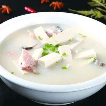 家常鱼头豆腐