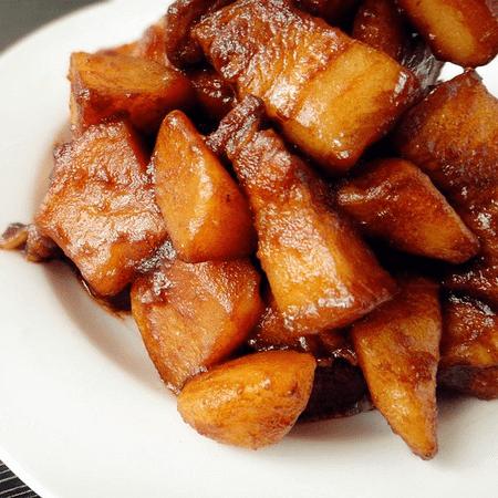 家常土豆烧肉
