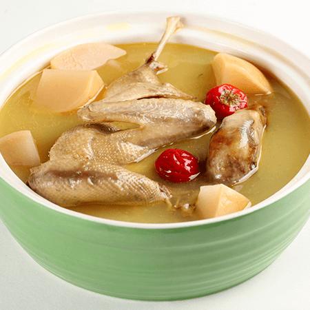 美味的白萝卜排骨汤