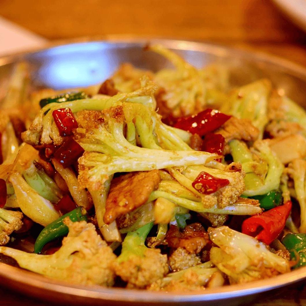 自制花菜炒肉