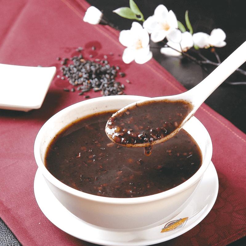 自己做的黑米粥