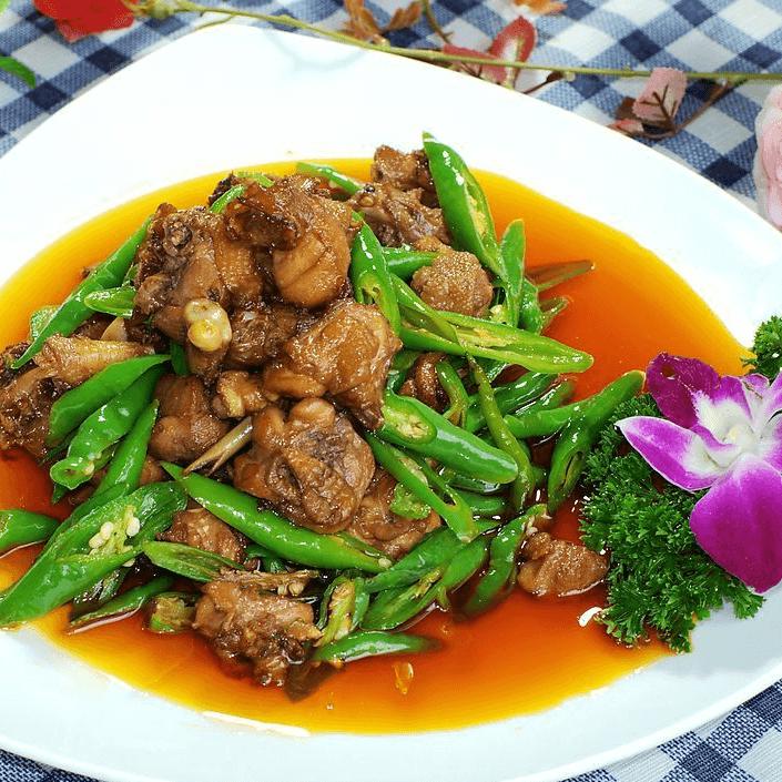 妈妈做青椒回锅肉