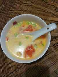 美味的西红柿鸡蛋面片汤