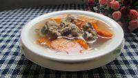 家常菜红萝卜煲排骨