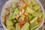 简易的虾仁炒黄瓜