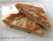 酥脆的芝麻酱薄烙饼