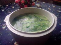 美味的青瓜皮蛋汤