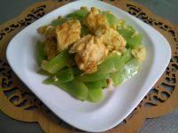 家常菜莴笋炒鸡蛋