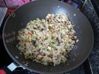 自己做的香菇蛋炒饭