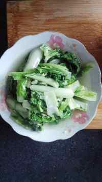 家常菜蒜香小白菜