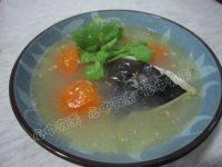 滋补的番茄鱼头汤