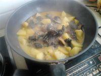营养美食之鸡肉炖土豆