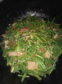 家常菜豆角炒肉