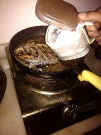 家常菜红烧金鲳鱼