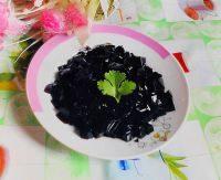 可爱的黑凉粉