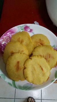 自己做的玉米面饼子