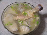 养生的猴头菇鸡汤