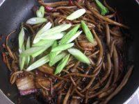 简易版干锅茶树菇