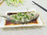 家常菜清蒸黄鱼