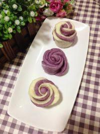 自制做的紫薯花卷