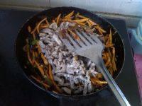 家常菜鱼香肉丝
