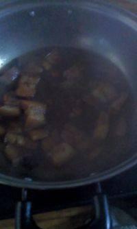 家常菜焖五花肉