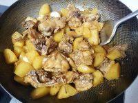 家常菜土豆烧鸡
