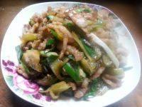 家常菜五花肉炒酸菜