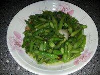 易做的清炒芦笋